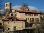 Casa De Piedra Y Madera En Un Pueblo. Norte EspaÑa
