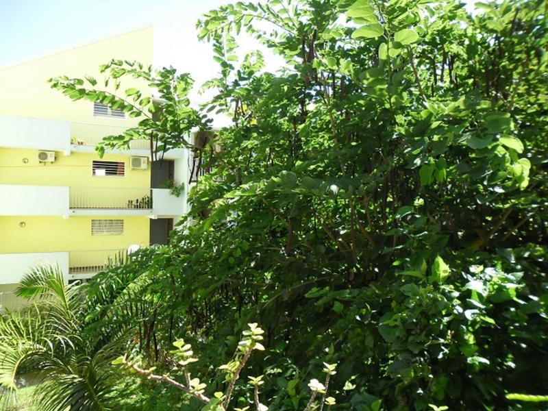 Roxane change de maison saint denis r union for 9 jardin fatima bedar saint denis