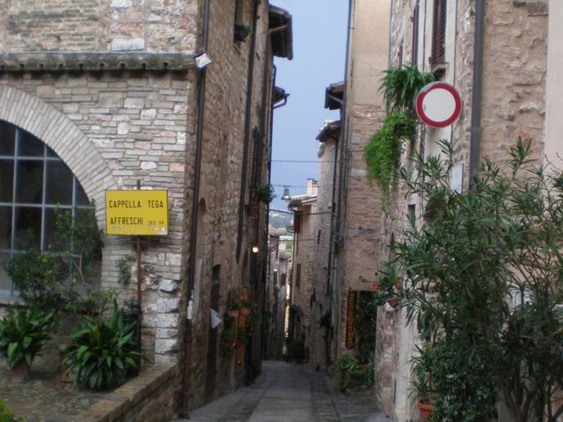 Giuseppe intercambia casa en assisi italia for Casa maggio