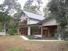 Melbourne House In Native Bushland Setting