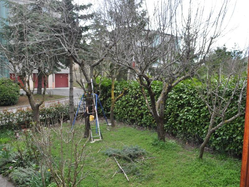 Vacanze intercambia casa en castelnovo ne 39 monti italia for Piani tetto veranda protette
