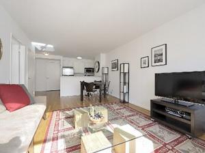 toca change de maison new york etats unis. Black Bedroom Furniture Sets. Home Design Ideas