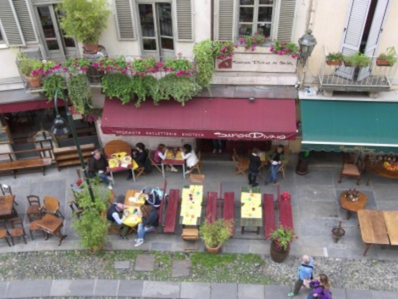 Sissi change de maison torino italie for Bar maison torino