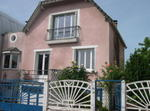 4 Bedrooms House Within 25' From Central Paris