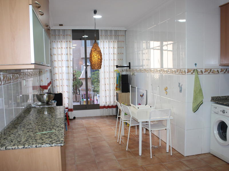 Villa intercambia casa en valencia espa a - Apartamentos con piscina en valencia ...