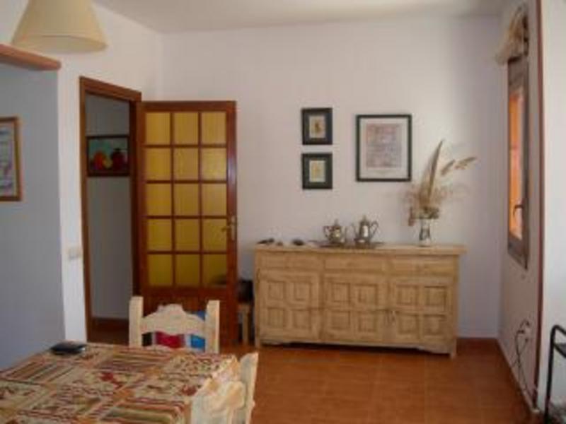 alberto change de maison cambrils espagne black bedroom. Black Bedroom Furniture Sets. Home Design Ideas