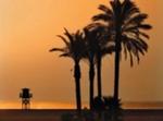 Playa, Arena Y.....sol En El Mar Mediterraneo