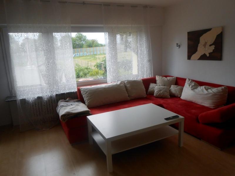 matti laura change de maison eschborn allemagne. Black Bedroom Furniture Sets. Home Design Ideas
