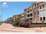 Apartamento En Urbanización Primera Linea De Playa