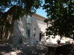 Maison De Pierres Dans Le Vignoble De Gaillac