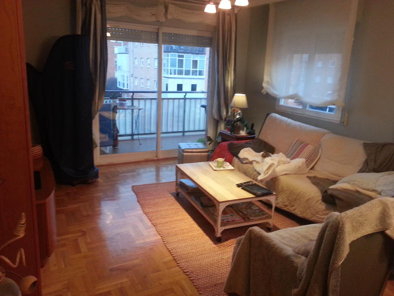 Festenal intercambia casa en pamplona iru a espa a for Compartir piso pamplona