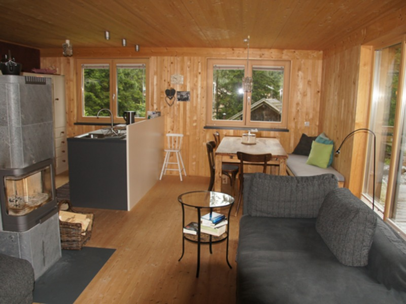 michael intercambia casa en andelsbuch austria. Black Bedroom Furniture Sets. Home Design Ideas