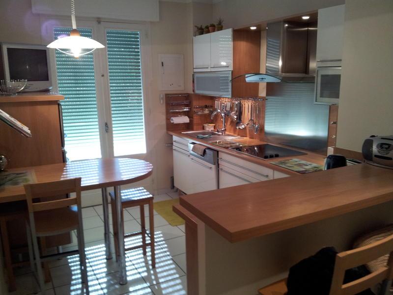 orange intercambia casa en avignon francia. Black Bedroom Furniture Sets. Home Design Ideas