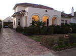 Very Large 4 Bedroom Double Story Modern House