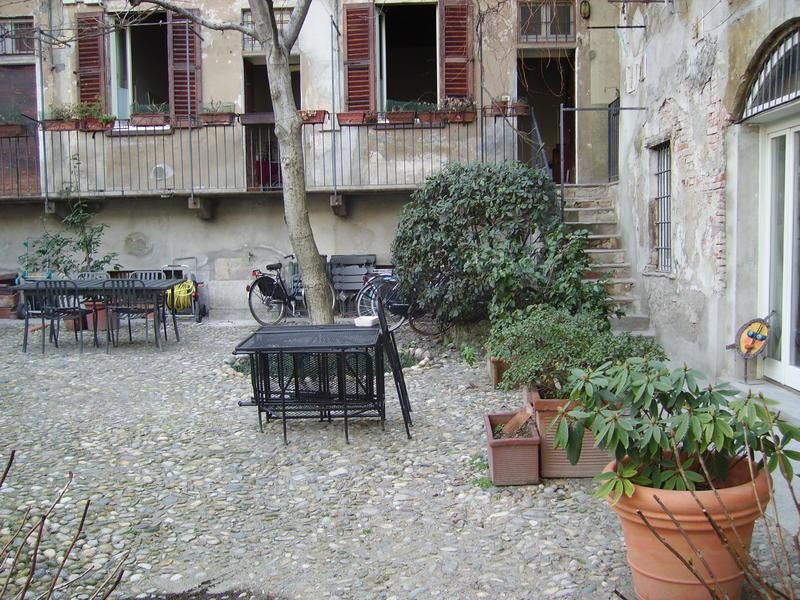 Intercambia casa en milano italia - Casa con giardino milano ...