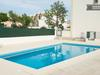 Algarve Villa , 3 Bed, 3 Bath With Beds For 6 .