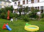 Große Wohnung Mit Terrasse Und Garten