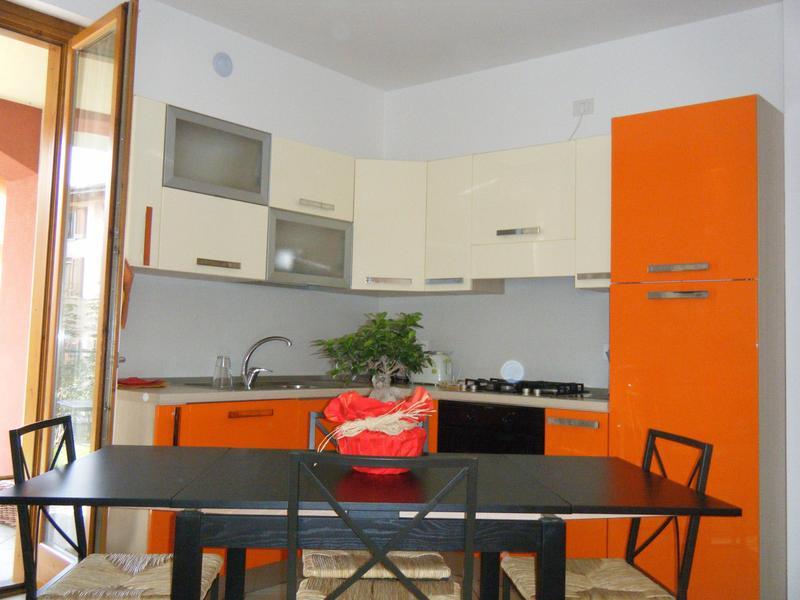 Vale2210 intercambia casa en colico italia for Casa sul lago a 2 piani