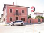 Tipica Villetta Novecentesca A Un Passo Dal Mare