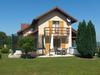 Maison Dans Les Alpes Lac Et Montagne