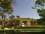 Villa Au Pied La Fameuse Ste Victoire De Cézanne