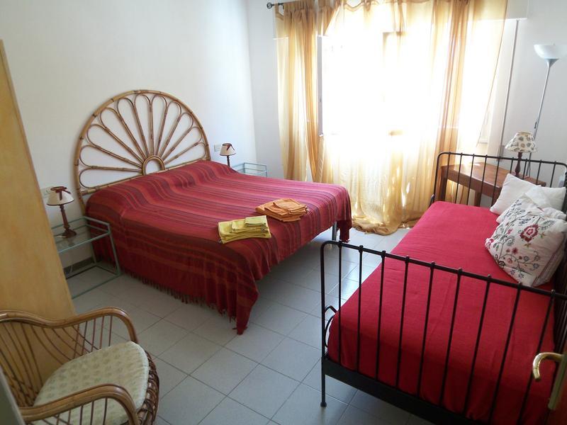 Lella intercambia casa en lucca italia for Casa di 8000 piedi quadrati