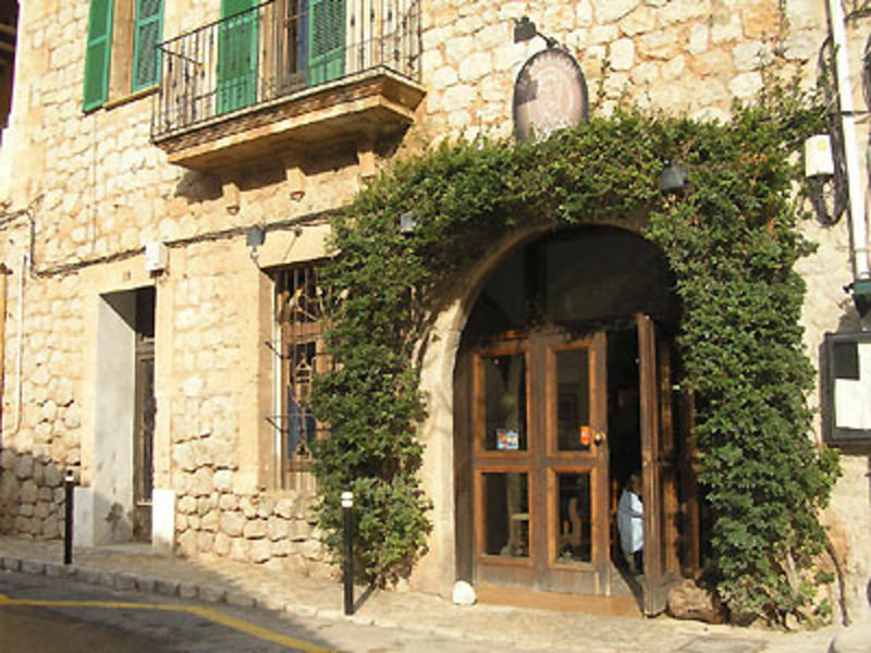 Mallorca deia intercambia casa en deia espa a - Intercambios de casas en espana ...