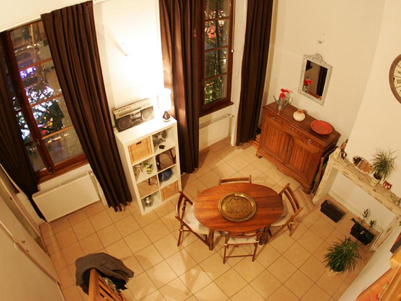 loaloa intercambia casa en lyon francia. Black Bedroom Furniture Sets. Home Design Ideas